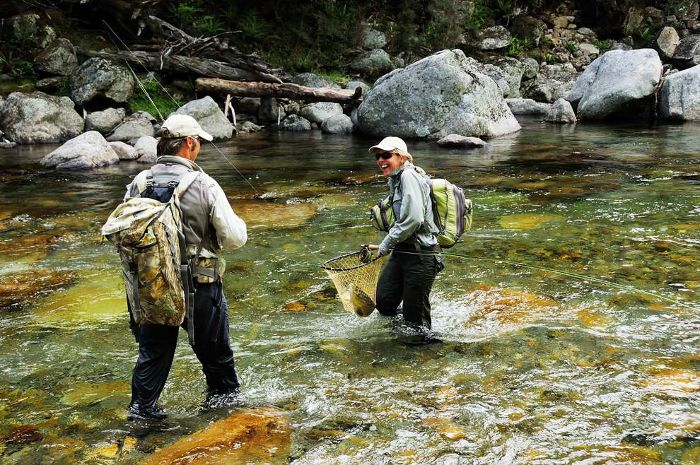 Fly fishing in south island trout fishing owen river for New zealand fly fishing