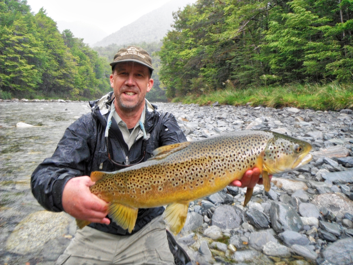 Fly fishing at Owen River Lodge