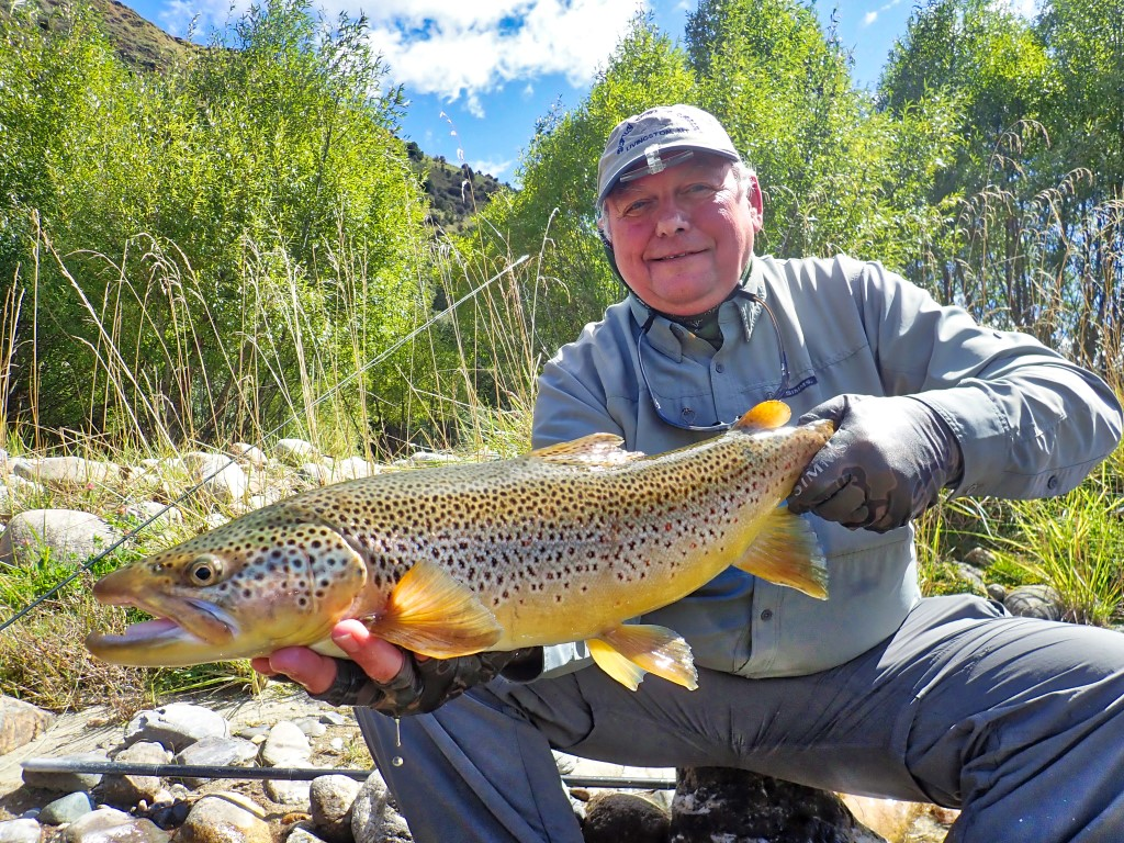 Dry fly fishing at owen River Lodge